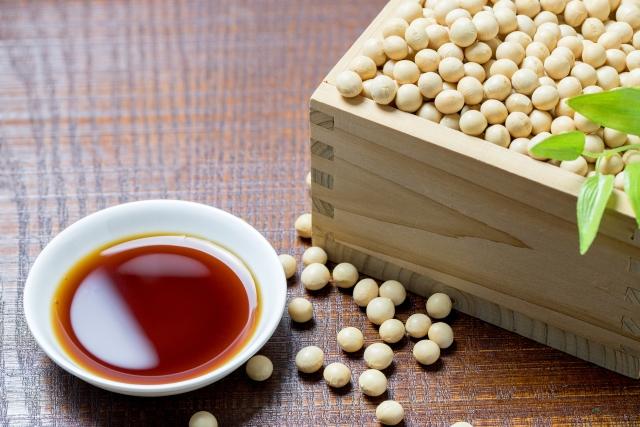 醤油と大豆の画像