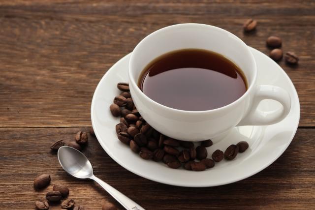 コーヒーと珈琲豆の画像